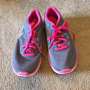 Nike sneakers, gray and pink, great condition